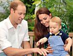 Catherine, a duquesa de Cambridge, ao lado do príncipe William e seu filho George visitam exposição de borboletas no Museu de História Natural de Londres