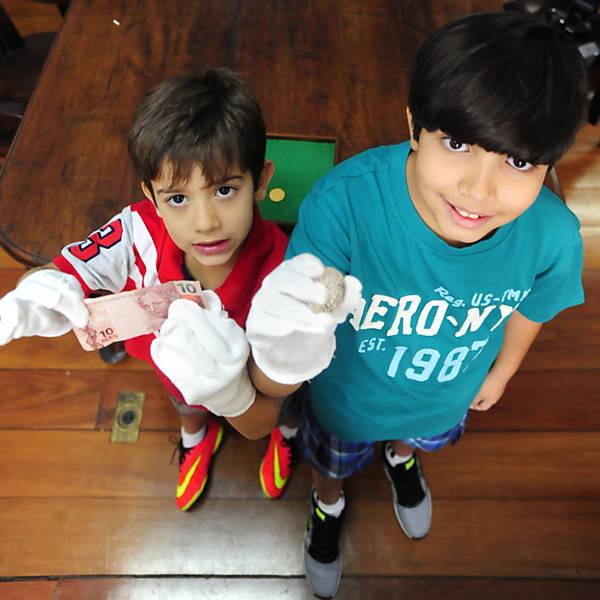 Crianças visitam Museu Histórico Nacional (RJ)