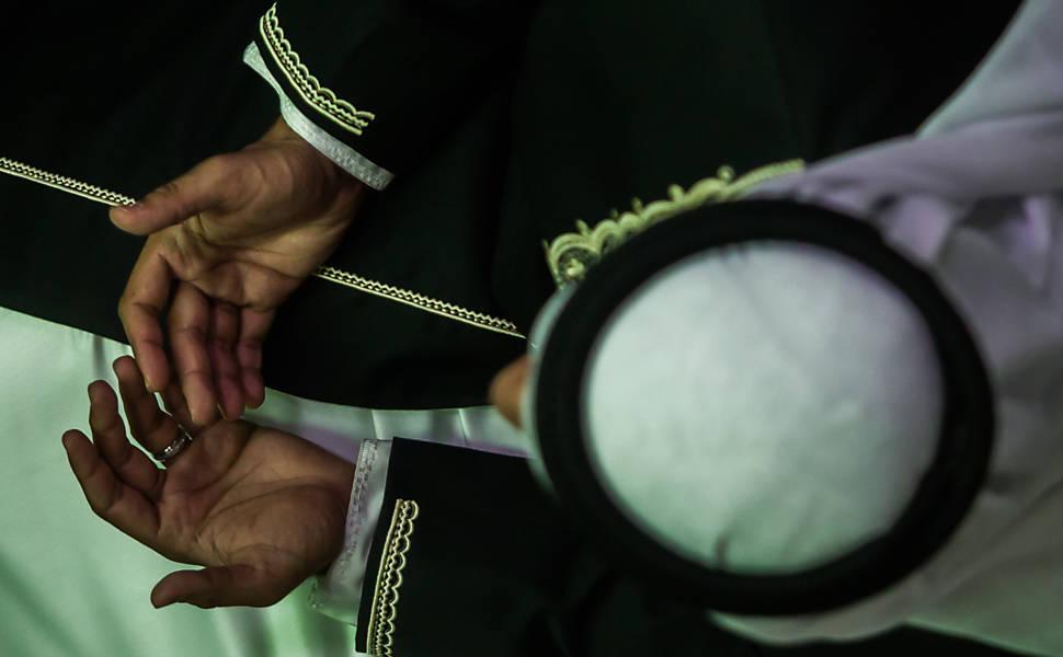 Muçulmanos celebram fim do Ramadã em SP (2014)
