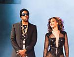 Jay Z e Beyoncé durante show em Cincinnati, Ohio, nos Estados Unidos