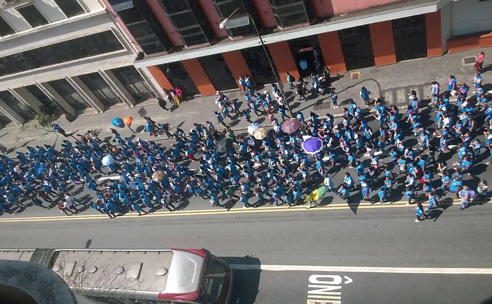 Agentes de saúde protestam em SP