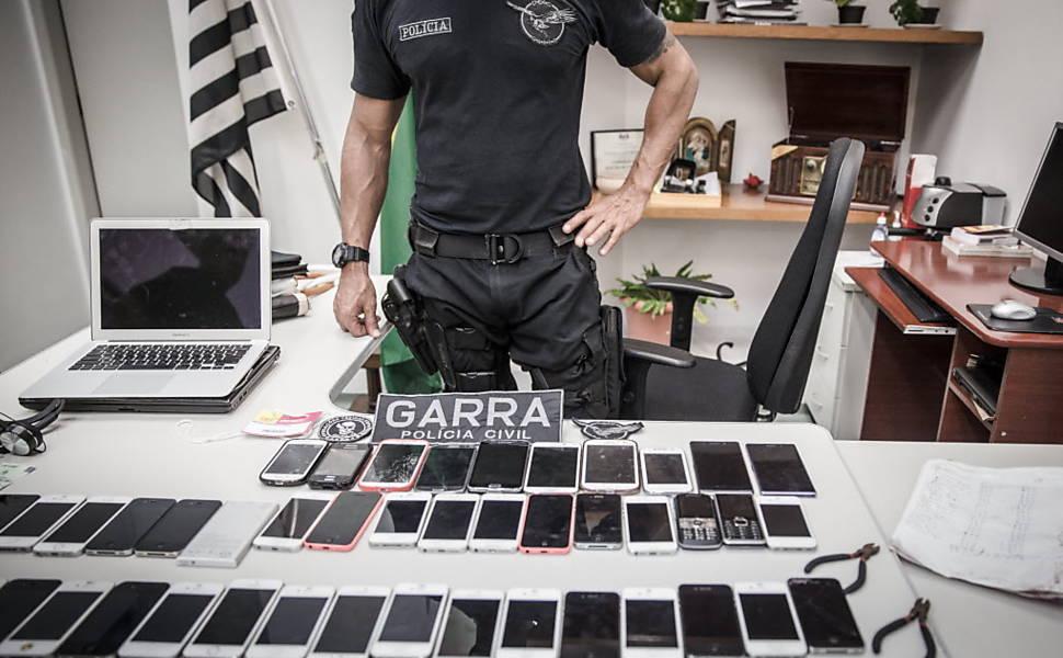 Polícia prende quadrilha na Bienal do Livro