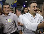 O governador Beto Richa faz campanha ao lado do presidenciável Aécio Neves