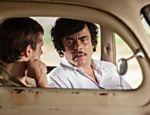 Cena de 'Escobar: Paradise Lost', com Benício Del Toro como Escobar
