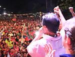 O então candidato do PC do B ao governo do MA faz evento de campanha em Caxias