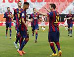Neymar e Messi comemoram gol do brasileiro sobre o Rayo Vallecano, pelo Campeonato Espanhol