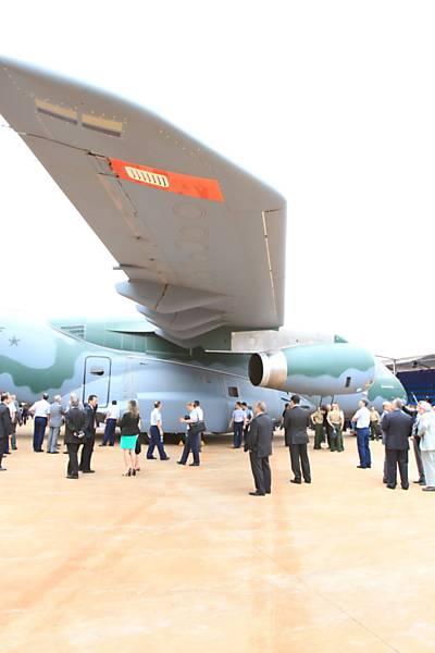 Apresentação do avião cargueiro KC-390