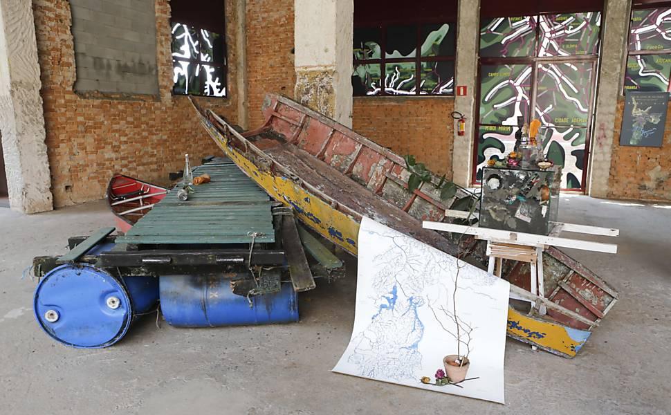 Artistas expõem obras relacionadas à crise hídrica