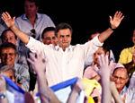 Durante convenção do PSDB, Aécio é eleito presidente do partido