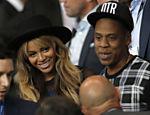 Beyoncé e Jay Z foram assistir o jogo entre PSG e Barcelona, em Paris