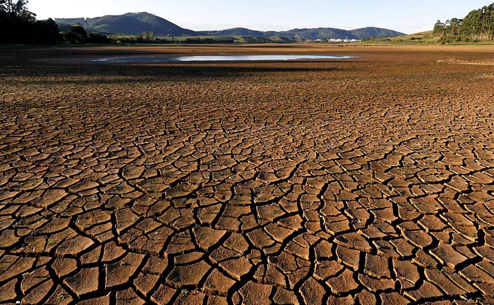 Seca afeta represa em Poços de Caldas - 13/04/2019 - Blog