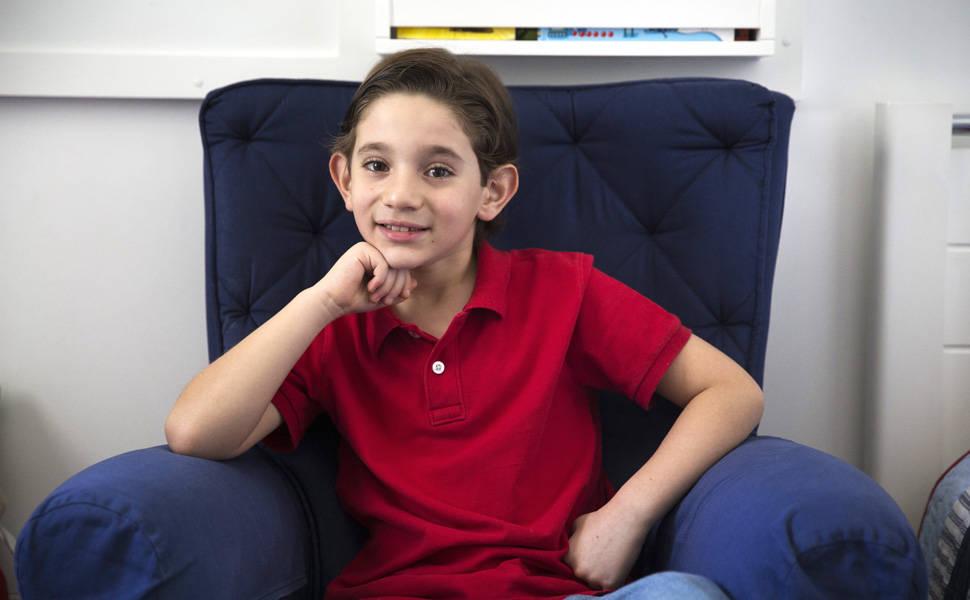 Alejandro, 8