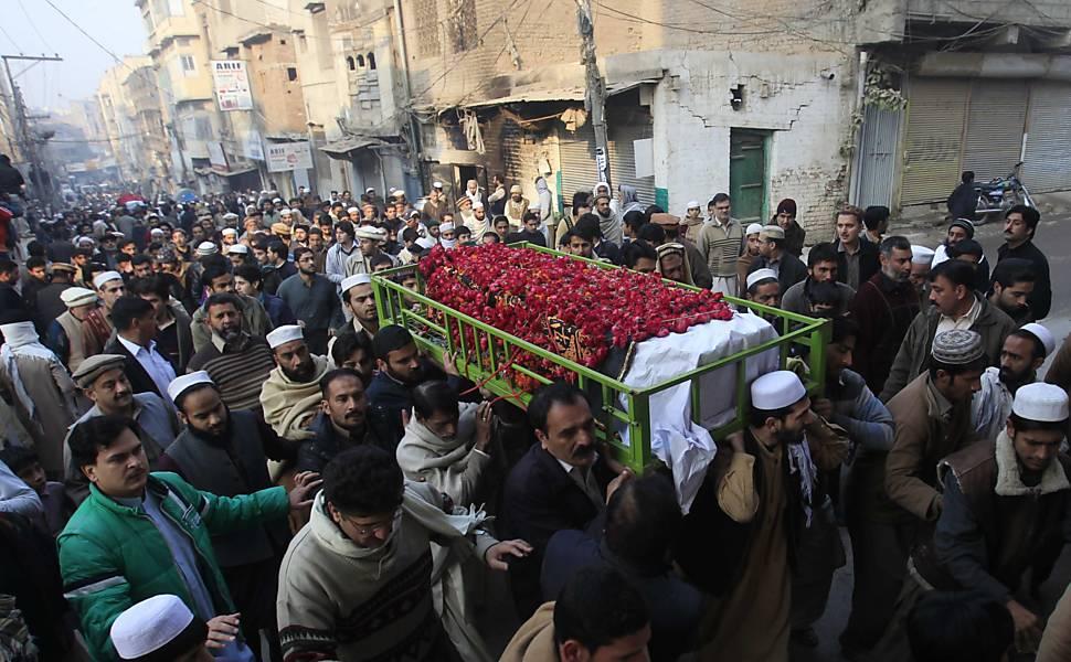 Ataque Taleban em escola no Paquistão