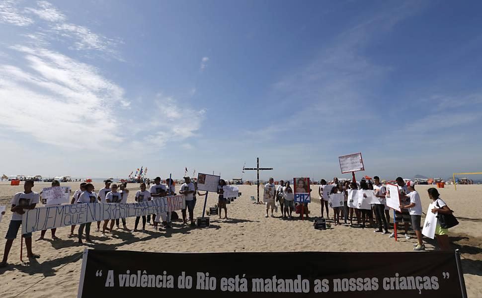 Rio de Paz promove ato em Copacabana