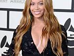 Beyoncé no tapete vermelho do Grammy 2015 em Los Angeles