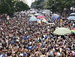 Foliões do Bloco Tarado Ni Você, na esquina das avenidas Ipiranga e São João <a href=