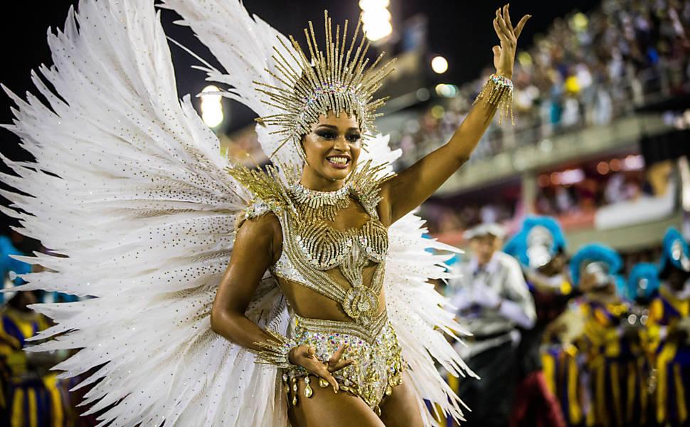 Segundo dia de desfiles do Rio de Janeiro