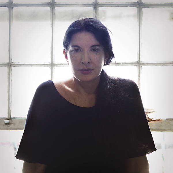 Veja imagens de performances de Marina Abramovic