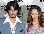 O ator norte-americano Johnny Depp e sua então mulher, a cantora francesa Vanessa Paradis, em evento do centenário das marcas Montblanc e Palexpo, em Genebra, na Suíça