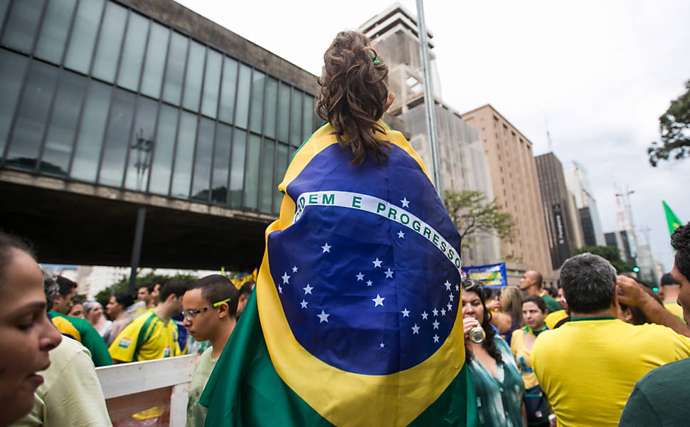 Crianças nos protestos de 15 de março - SP