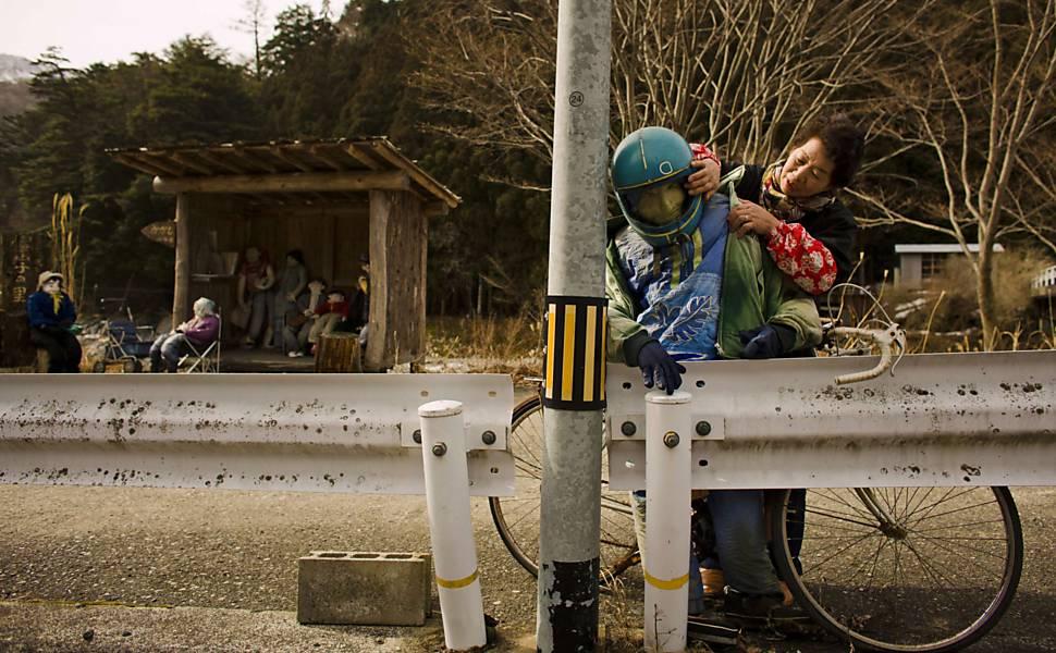 Ilha é povoada por espantalhos no Japão