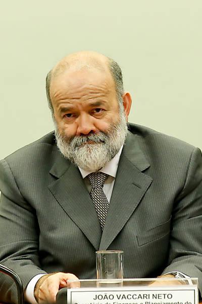 CPI da Petrobras ouve Vaccari Neto, tesoureiro do PT