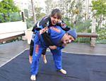 Sabrina Sato e Sérgio Mallandro se enfrentam no tatame