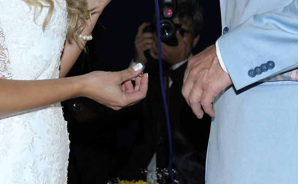 Casamento de Theo Becker e Raphaela Lamim