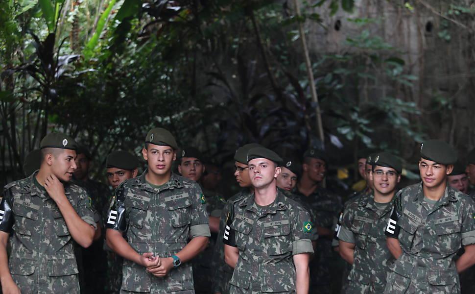 O exército contra a dengue