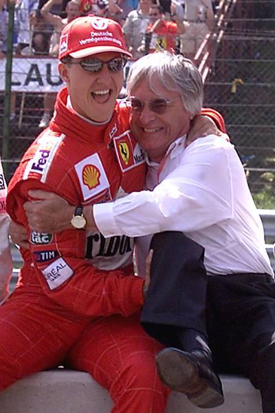 Bernie Ecclestone, o todo todo-poderoso da Fórmula 1