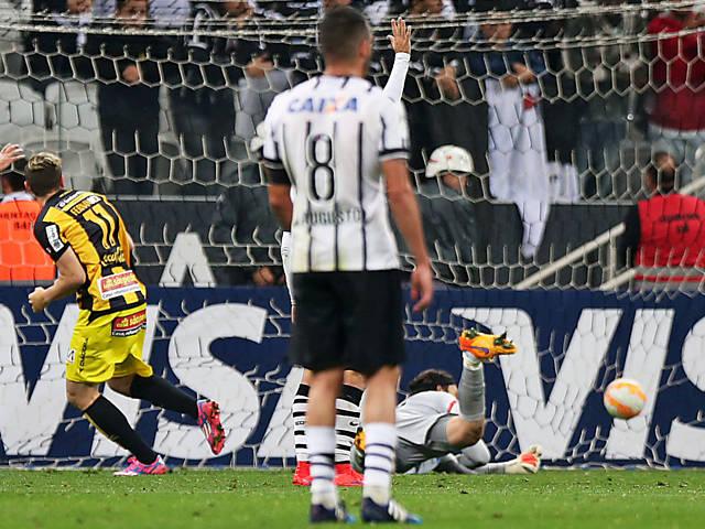 Corinthians x Guaraní (PAR) pela Libertadores 2015