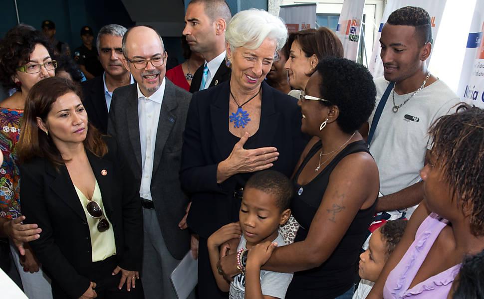 Diretora do FMI no Complexo do Alemão