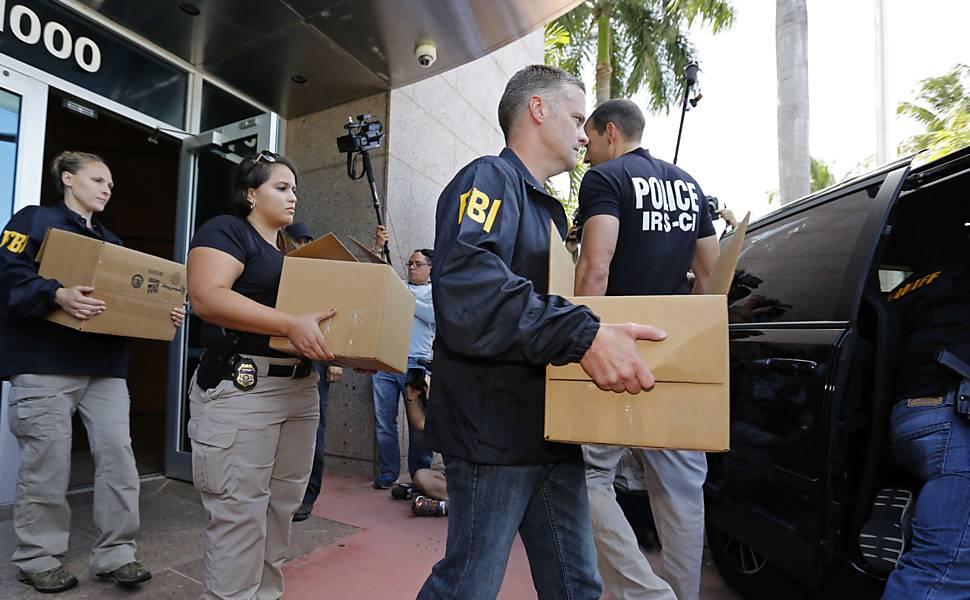 Polícia suíça detém dirigentes da Fifa