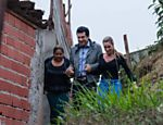 Edu Guedes visita a comunidade de Paraisópolis para gravação de quadro do