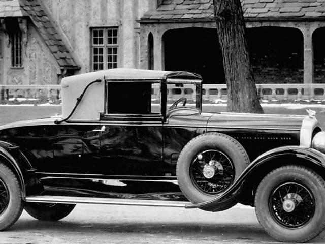 Modelos retratam os 90 anos de história da Chrysler