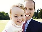 O Palácio de Kensington, divulga fotos oficiais do batizado da filha do casal, a princesa Charlotte; na foto, William e o príncipe George