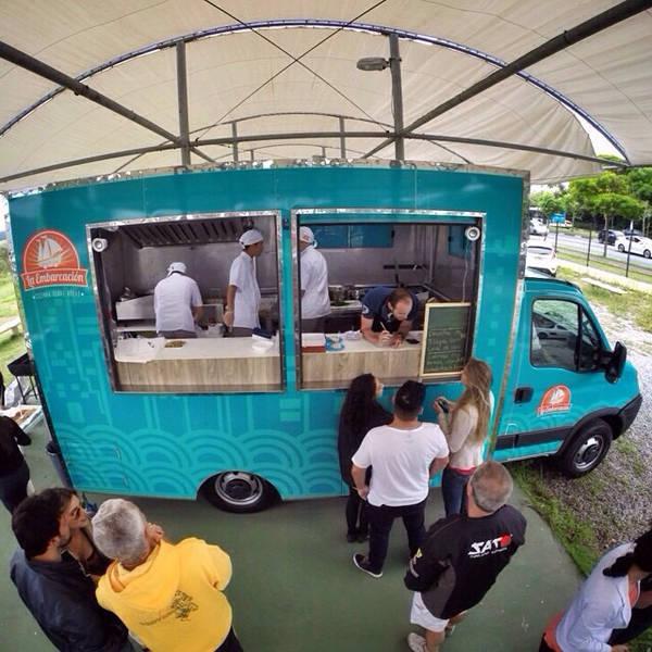 """""""Food truck"""" La Embarcación"""