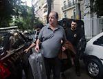 02.jul.2015 - O ex-diretor internacional da Petrobras, Jorge Zelada, é preso na 15ª fase da Operação Lava Jato sob a suspeita de envolvimento em crimes de corrupção, fraude em licitações, desvio de verbas públicas, evasão de divisas e lavagem de dinheiro