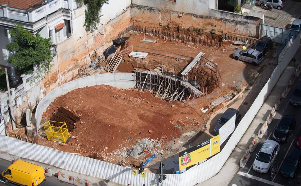 Linha 4-amarela em construção