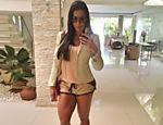 Gracyanne Barbosa posta selfie no Instagram