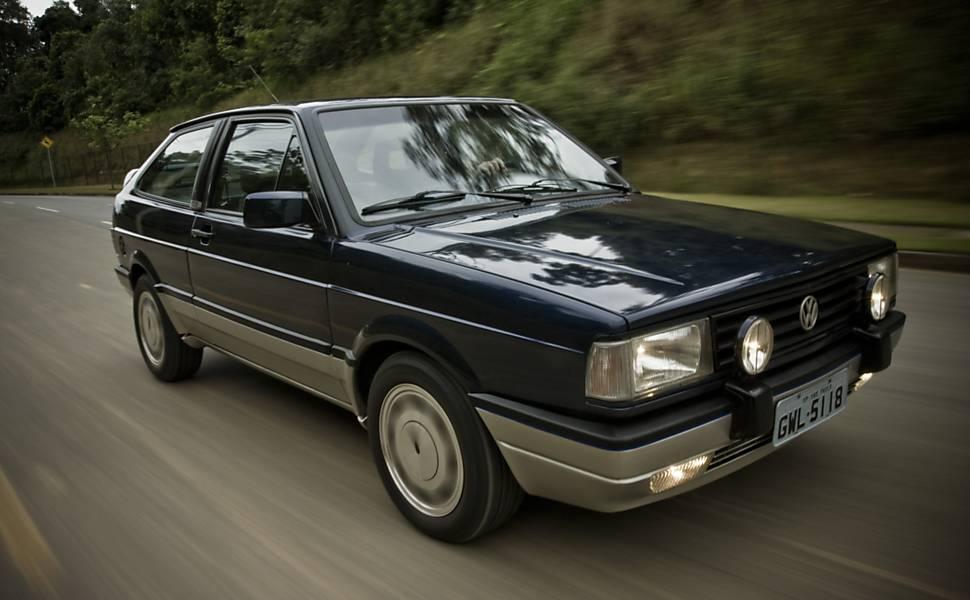 Carros esportivos nacionais lançados nos últimos 35 anos
