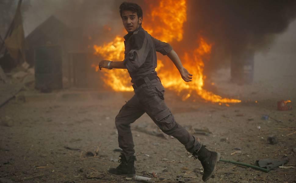 Regime sírio ataca mercado