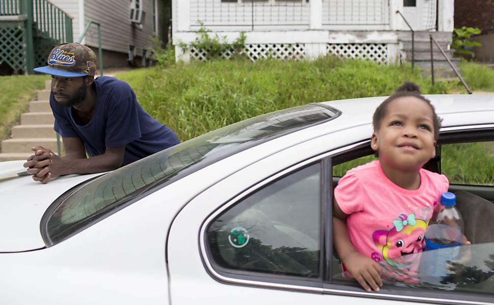 Segregação racial impede moradia justa