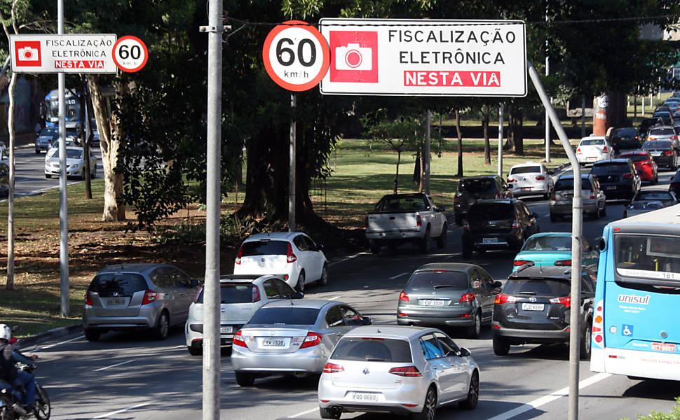 Redução de velocidade nas vias de São Paulo