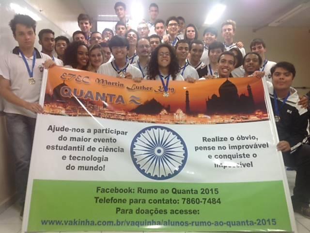 Jovens fazem vaquinha para competir na Índia
