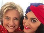 Katy Perry e Hilary Clinton fazem selfie de aniversário juntas
