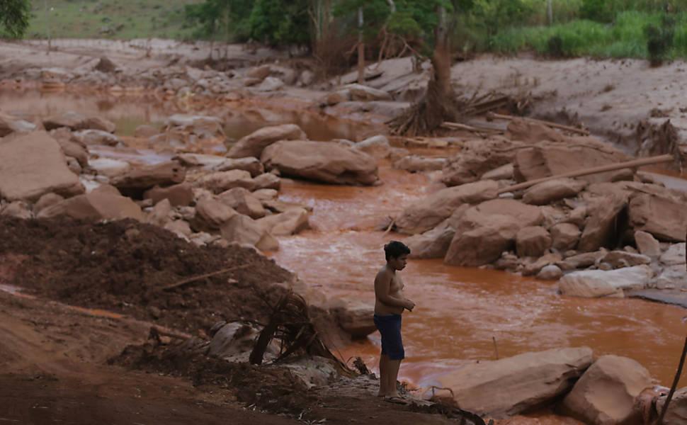 Trag�dia no rio Doce