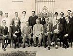 O físico Albert Einstein (no centro), formulador da teoria da relatividade, em visita ao Rio de Janeiro, em maio de 1925