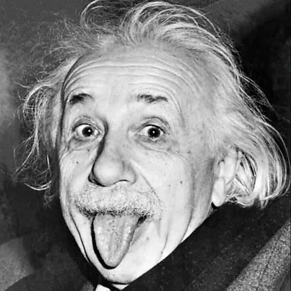 O físico alemão Albert Einstein (1879-1955), em 1951, em seu aniversário de 72 anos.