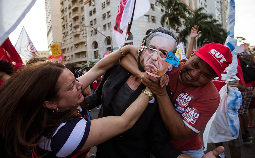 Protestos contra o impeachment de Dilma Rousseff